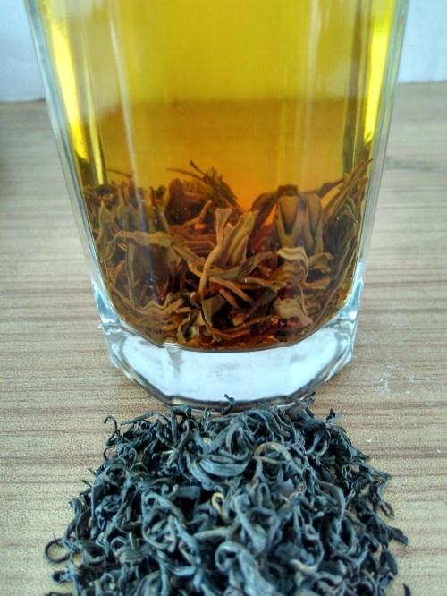英山羊角春红茶