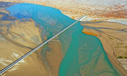 沙尘暴来源于中国?韩媒怕是没见过这9处由黄沙塑造的世界奇观